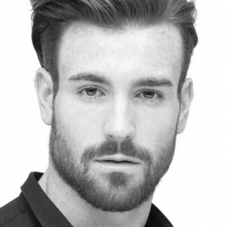 Comment tailler sa barbe de 3 jours ? La barbe de 3 jours est l'une des grandes tendances du moment. 3 étapes pour tailler une barbe coute