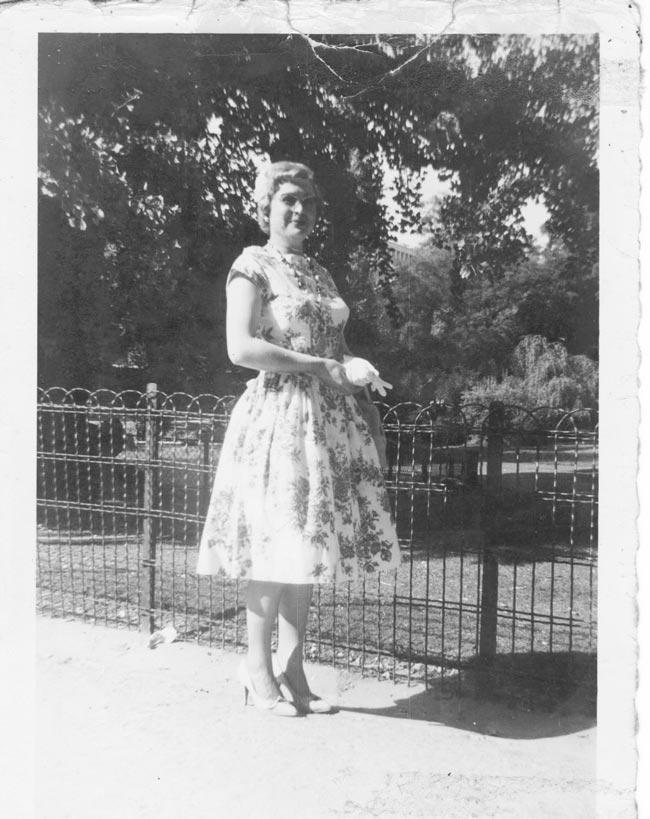 La maman de la créatrice-styliste Charles Landston