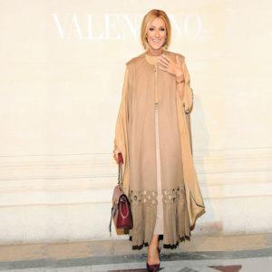 Céline Dion en met plein la vue en distinguée et naturelle