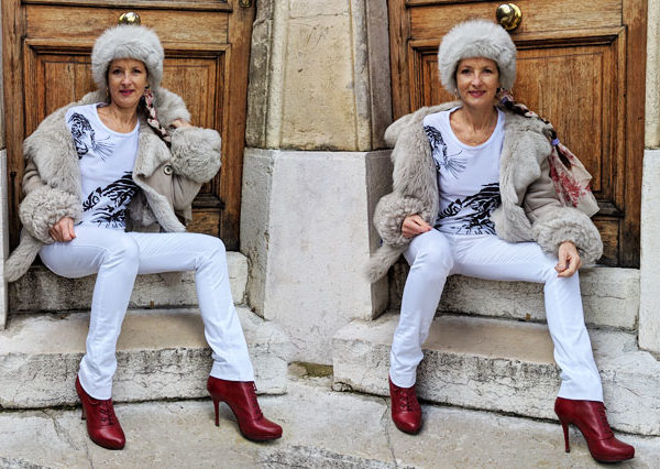 How and why to wear a T-shirt in winter ? Comment et pourquoi porter un T-shirt en hiver ? Découvrez comment se vêtir avec des T-shirts en hiver même par un froid de loup