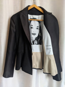 Blazer femme de Charles Landston Le luxe de l'art et de la mode Made in France Evil Wolf