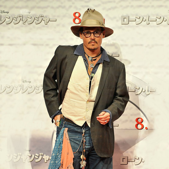 Johnny Depp et son style. Son style Fashion. Johnny Depp en tenue Far West urbain