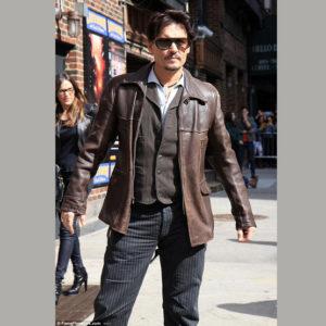 Johnny Depp en veste cuir