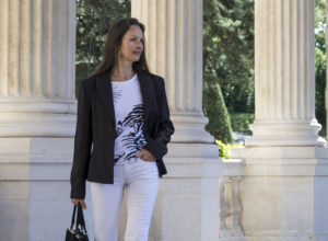 Tailored Blazer and tiger T-shirt for woman by Charles Landston