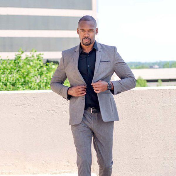 Comment associer les couleurs des vêtements homme des conseils pour un look sans faute de goût en mettant votre peau mate en valeur avec des couleurs claires et vives | 09