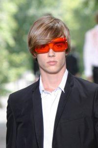 Conseils fondamentaux : comment choisir ses lunettes pour homme et femme - La couleur des cheveux
