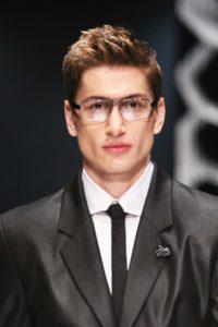 Lunettes de soleil et de vue : Conseils fondamentaux : comment choisir ses lunettes pour homme et femme - Le visage